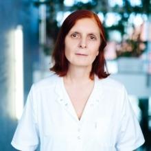 Dr. Zuzana Adamová